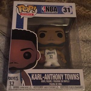 FUNKO KARL-ANTHONY TOWNS (WOLVES)